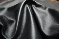Molero plus (leather lining with sheepskin lacquer dyeing)